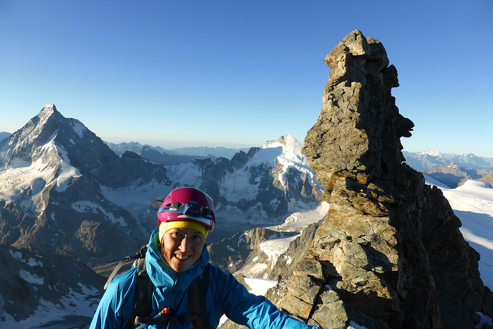 On the ridge again with the Grand Gendarme behind