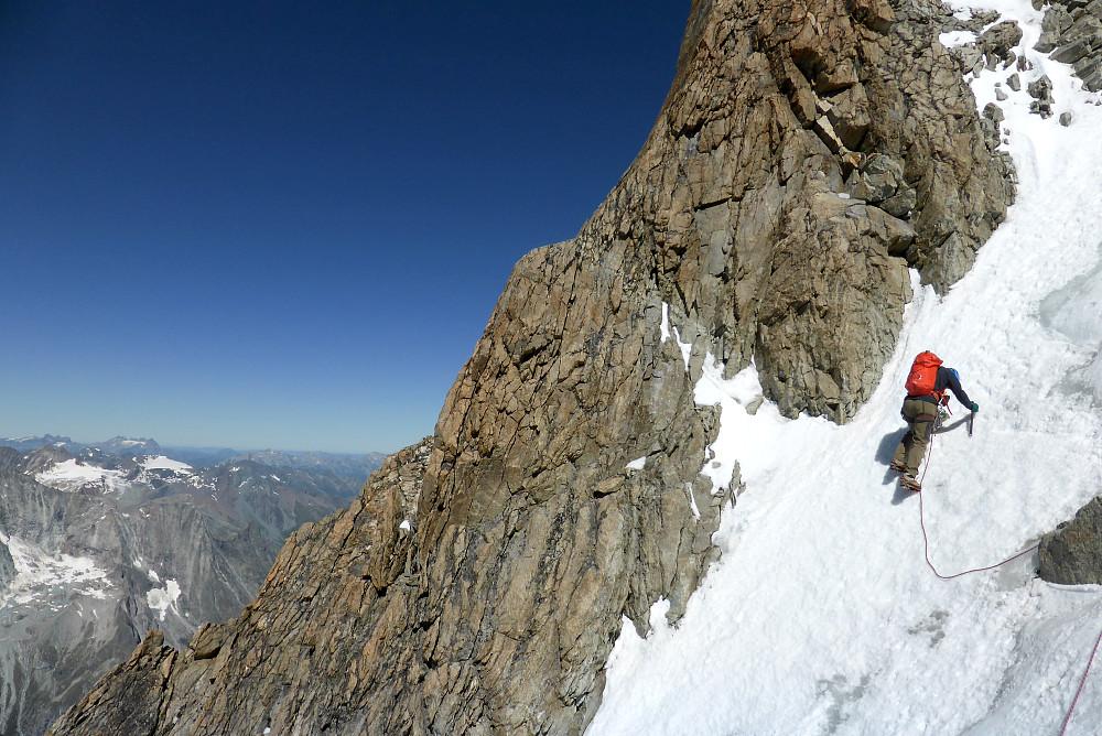 Downclimbing the snow