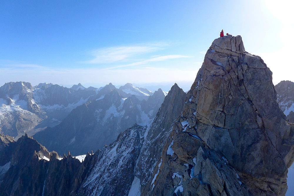 Climbers on Pointe Graham