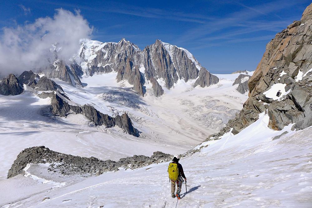 Descent down the glacier back to the Torino hut
