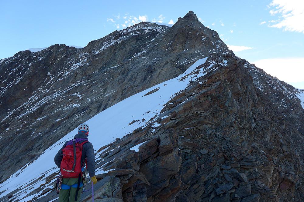Walking up the ridge toward the buttress