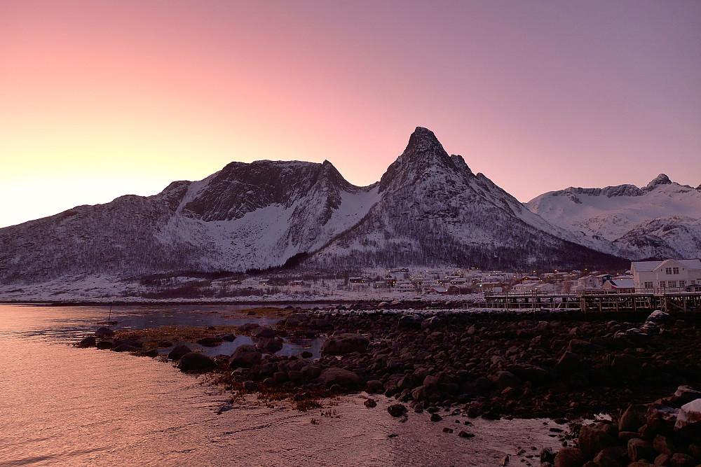 Soloppgang fra Mefjord Brygge