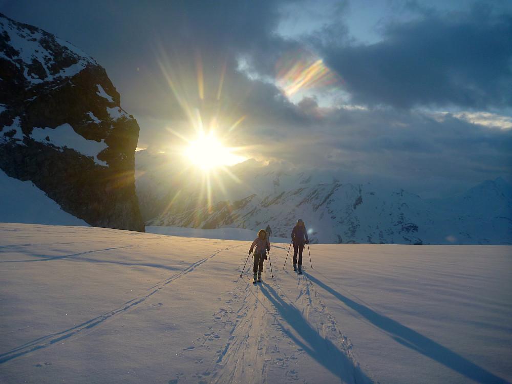 Soloppgang på Allalinbreen. Bilde tatt av Rob Jarvis