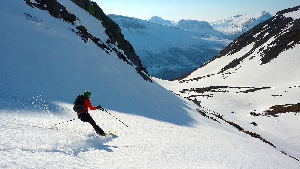 Flott skiføre hele turen nedover.