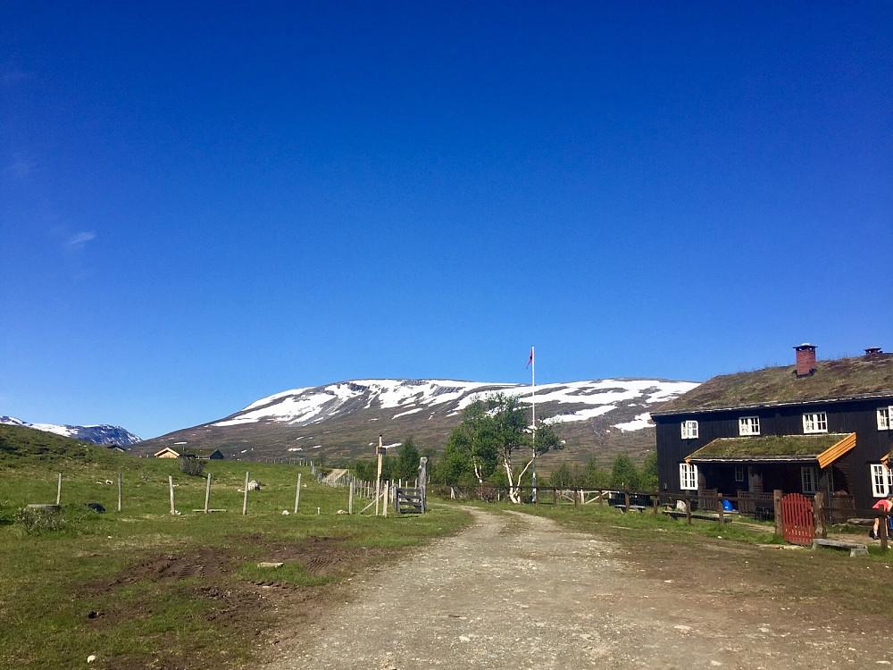 Sykkeltur fra Kleva parkering og en knapp km videre forbi vakre Jøldalshytta