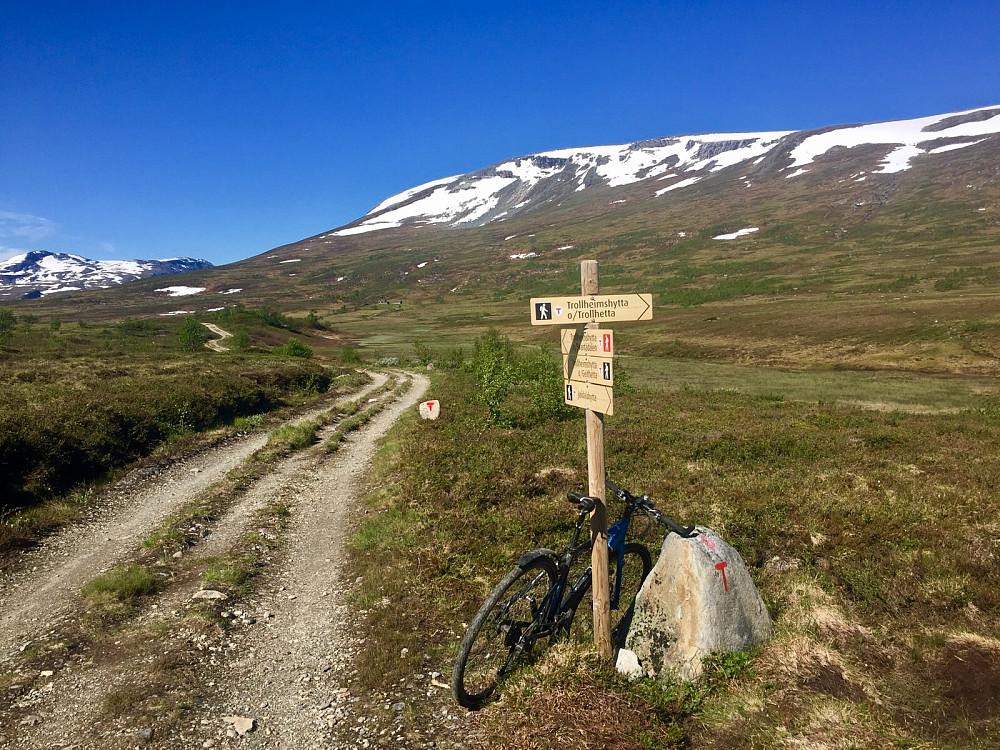 Her kan jeg endelig parkere sykkelen og ta på fjellsko