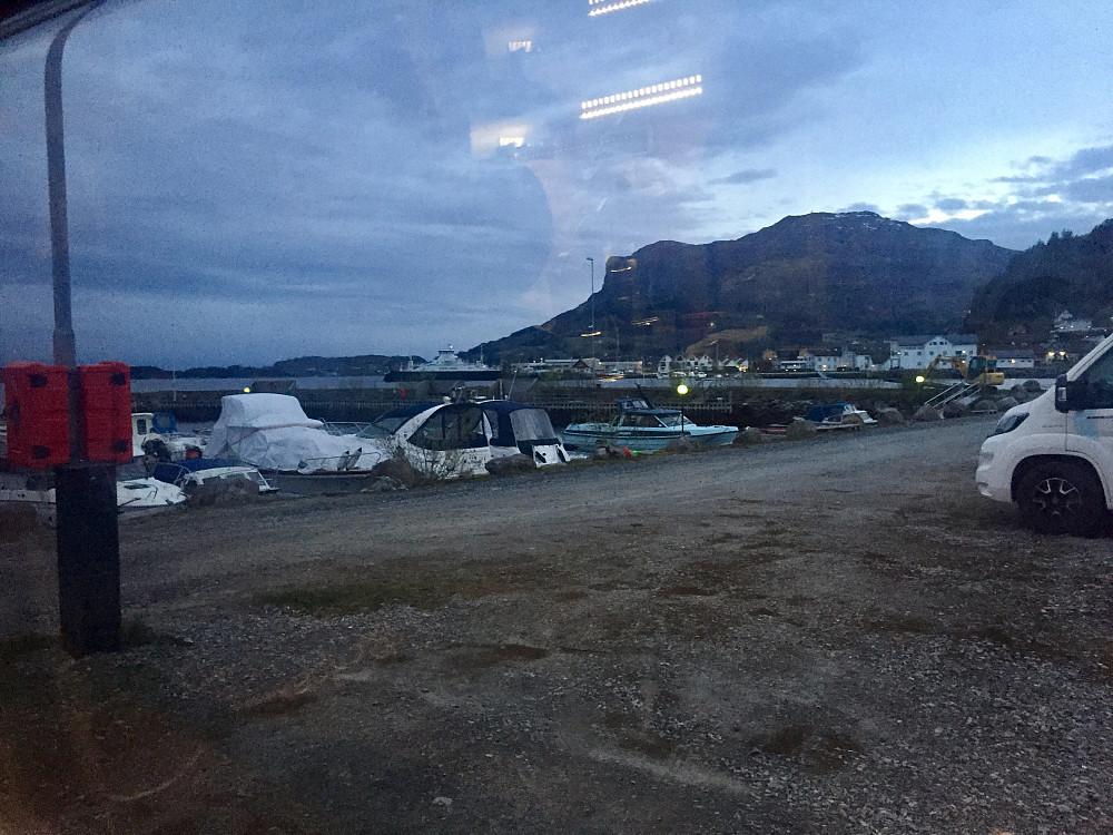Overnatting ved Askvoll gjestehamn