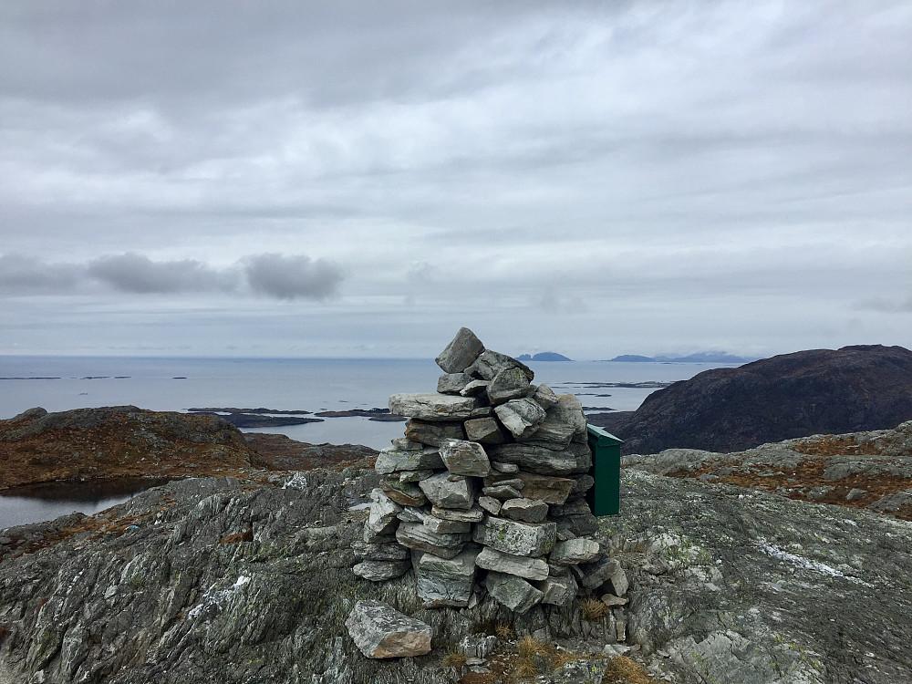 Skålefjell not Kinn og øyene utenfor Florø