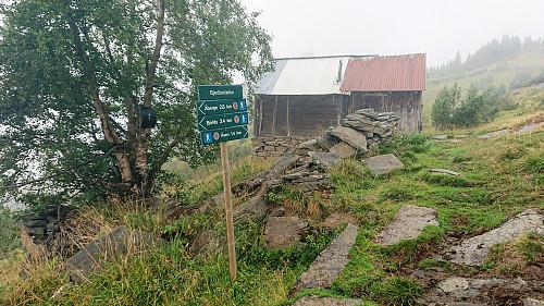 Bjedlastølen. Visitor register to the left.