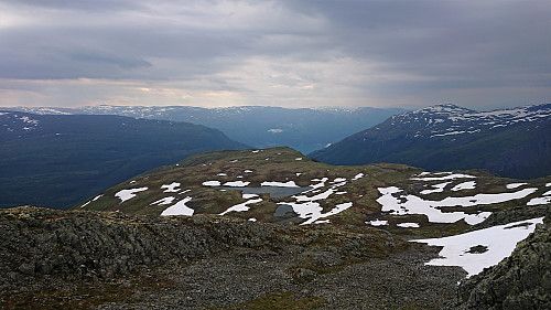 Southeast towards Lustrafjorden from Kattøyro