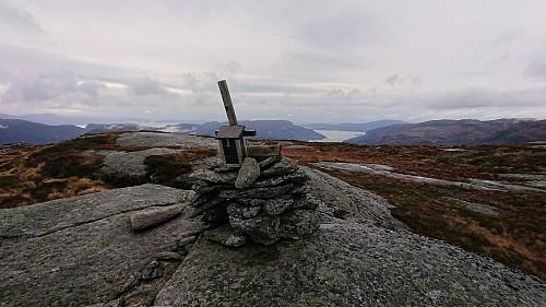 Våkefjellet with Eikelandsfjorden in the background