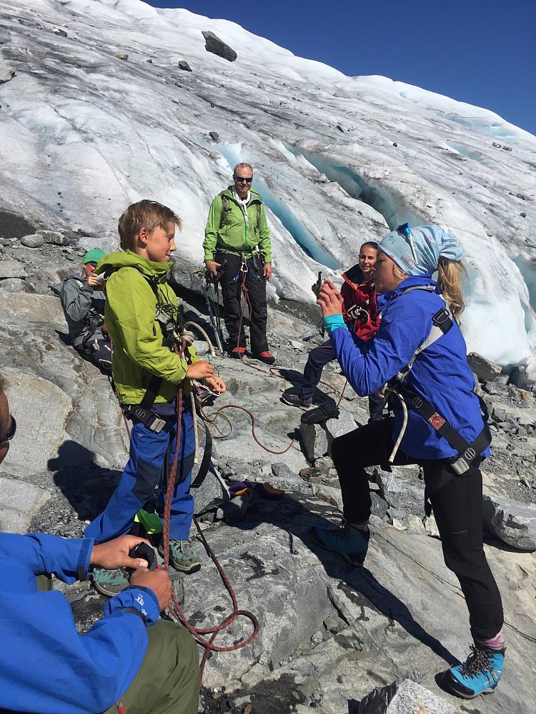 Mari fra Visit Norge intervjuer Linus