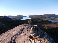 Utsikt mot Sørsalten fra fortoppen til Lautatinden