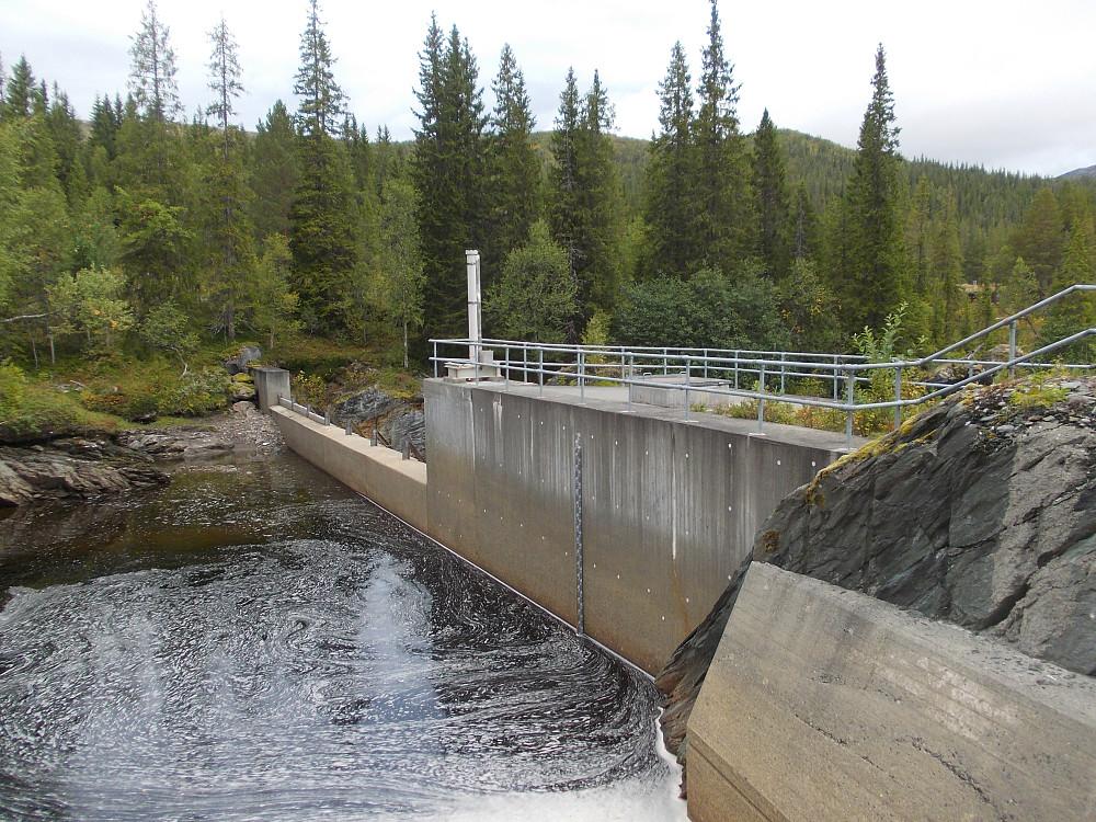 Dammen over Torsbjørka.