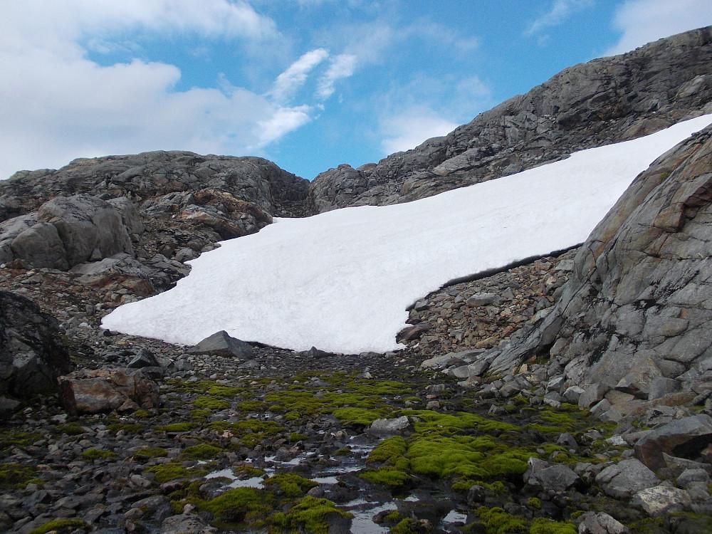 Gammelsnø mot Storfjellet