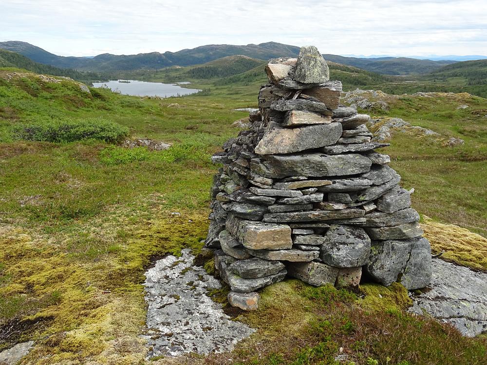 Torsvarden (Sølligste punkt i Namsos Kommune) med Torsvatnet bak