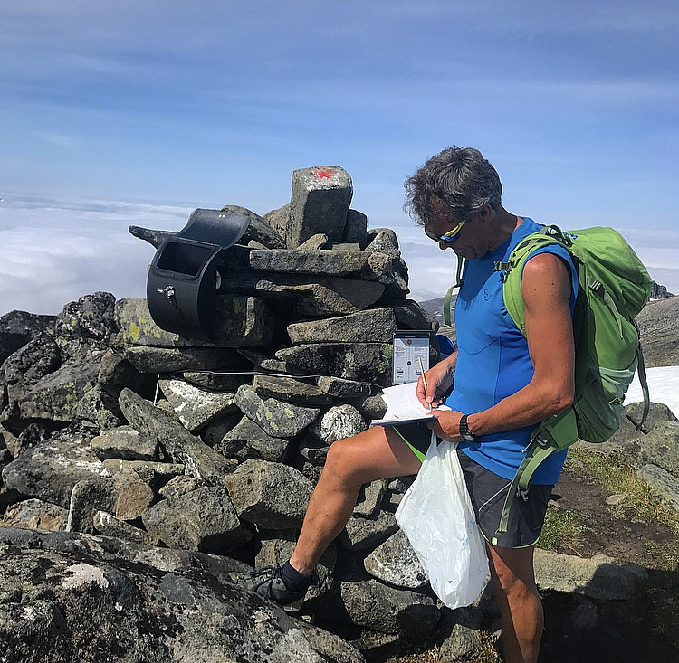 Trolltinden (1241 moh)