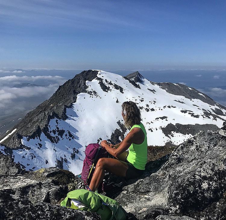 Svartevasstind (1259 moh)
