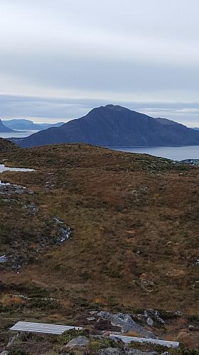 Fra Signalen mot Storhornet på Godøya